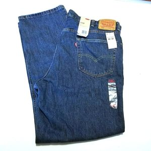 MENS LEVIS 550 RELAXED FIT 42X32 TAPPERED LEG NWT